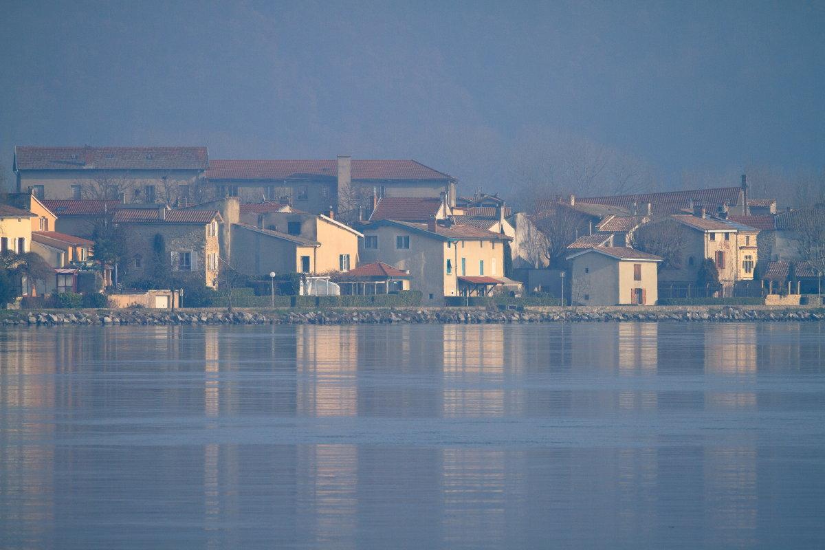 Les bords du Rhône à Condrieu